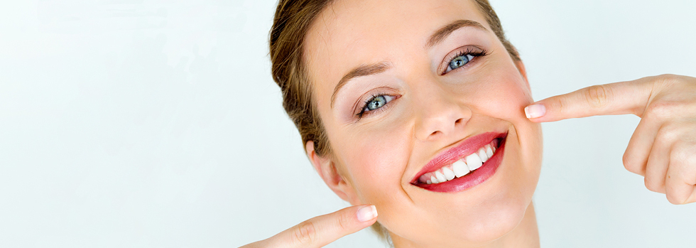 Sourire propre après un blanchiment dentaire